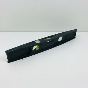 VINTAGE-METAL-SHORT-SPIRIT-LEVEL-9-034-LONG-MADE-IN-ENGLAND