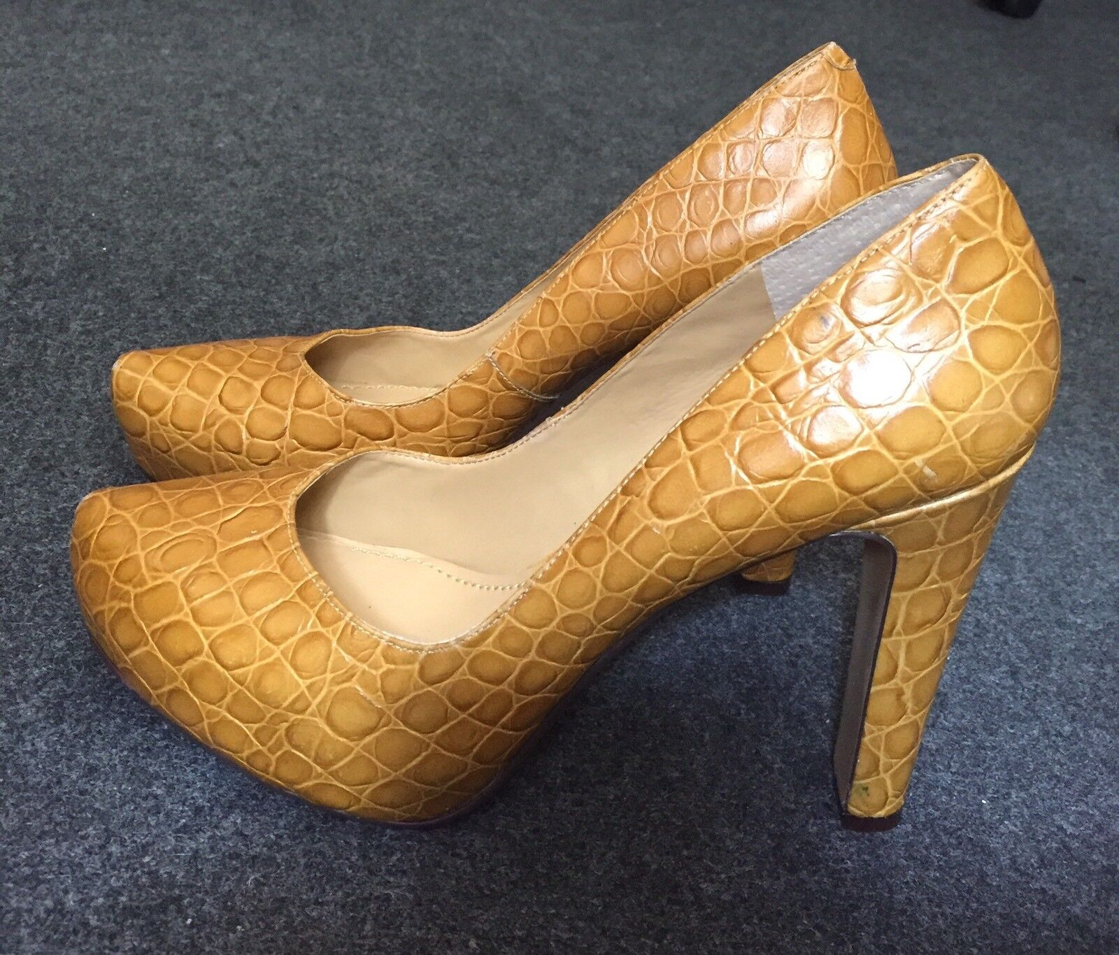 Escarpins NINE WEST T.41 (eu) Cuir giallo TBE   9.5 (us) Leather Pump pointy toe