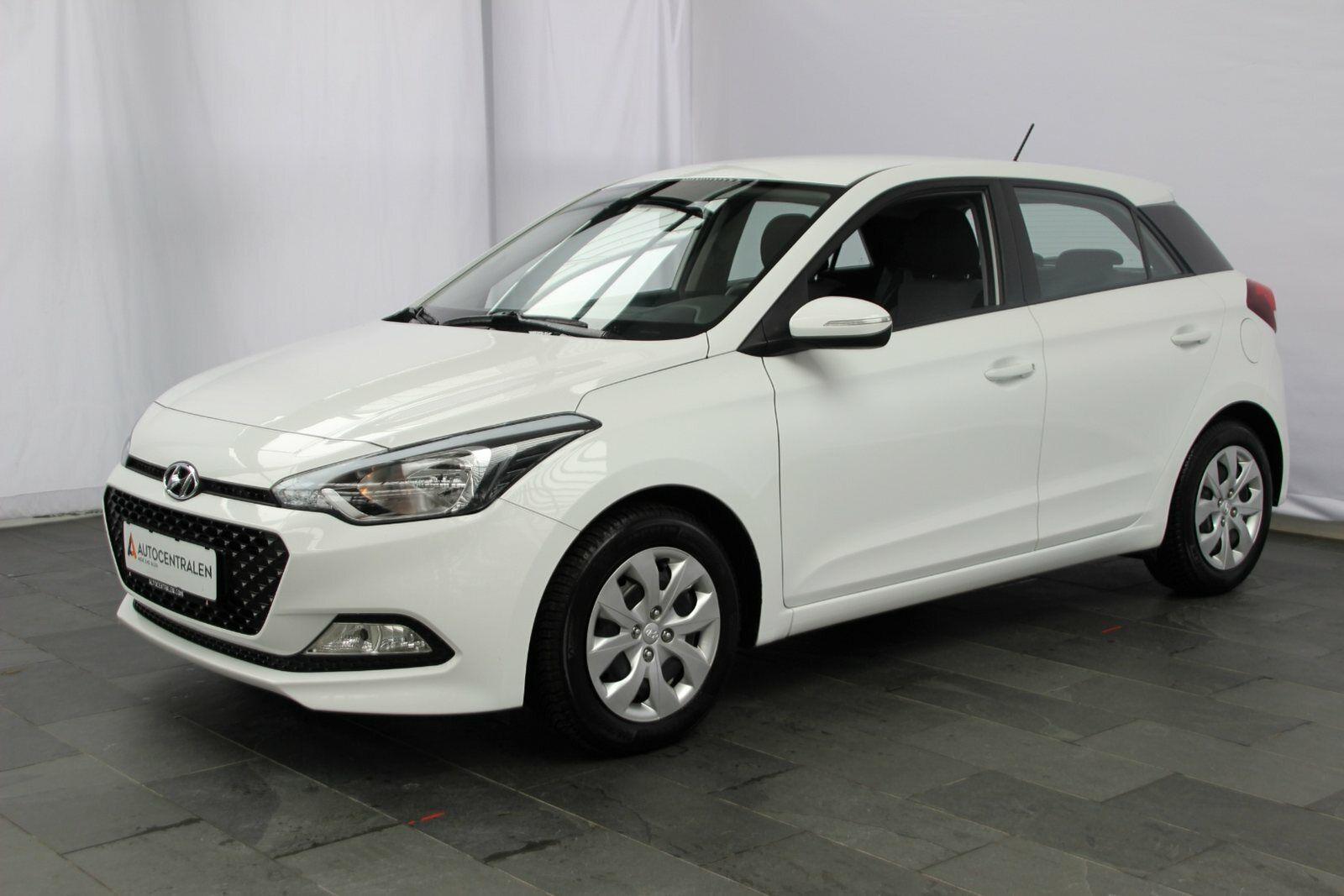 Hyundai i20 1,25 Trend 5d - 119.900 kr.
