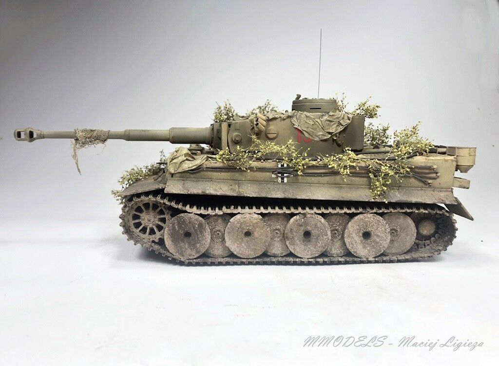 Tiger I from FURY movie  scale 1 35 - built and painted