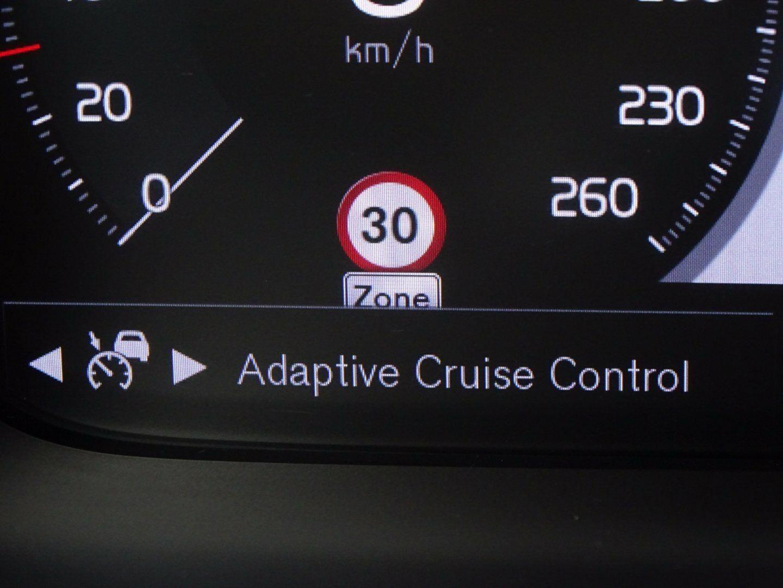 Volvo V60 2,0 D4 190 Momentum aut. - billede 10