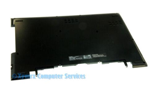 H000081950 13N0-DQA0A01 GENUINE TOSHIBA BASE COVER SATELLITE C75-C C75-C7130 A