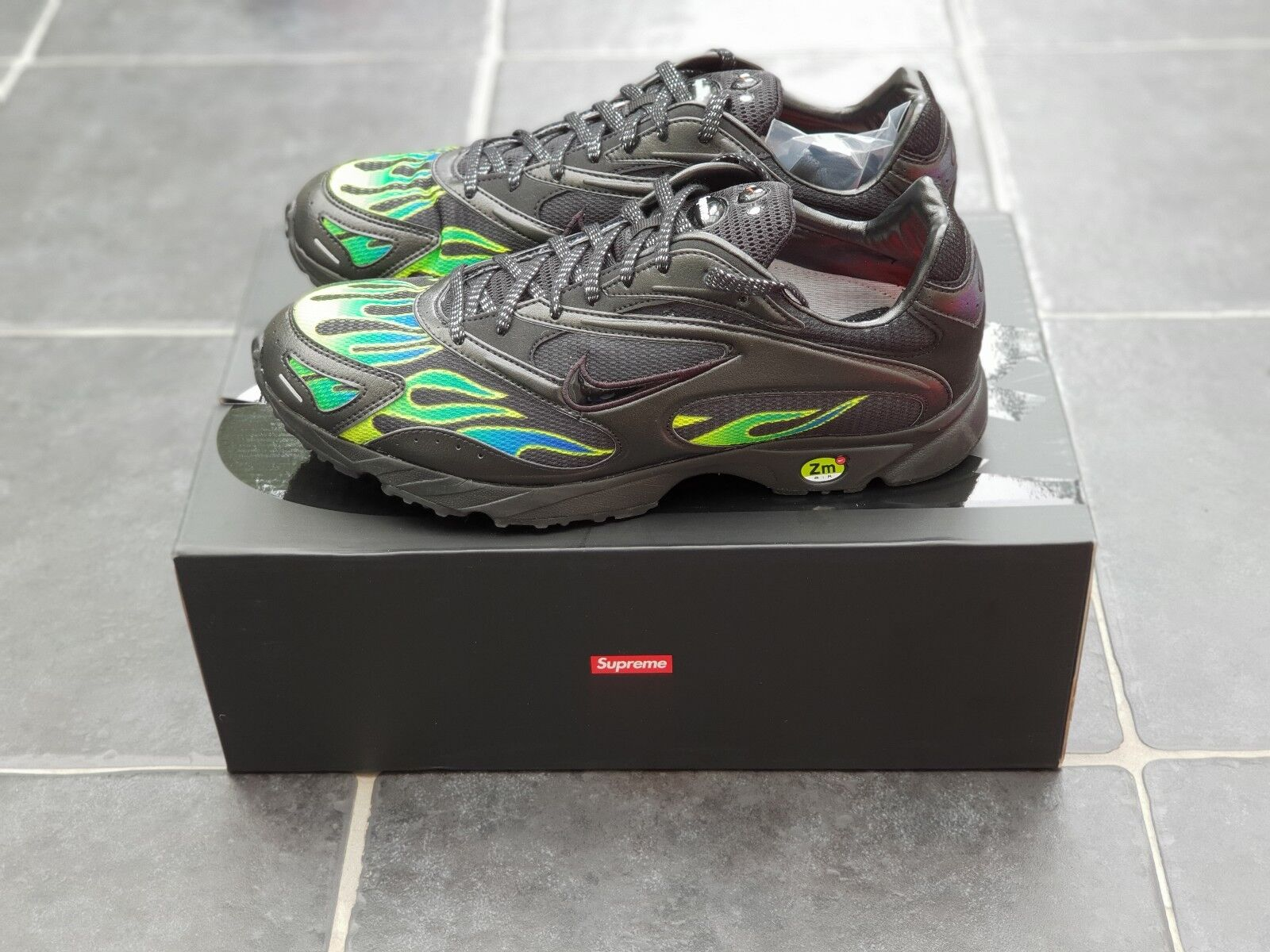 Supreme Spectrum / Nike Air Streak Spectrum Supreme Plus Noir 4512d5