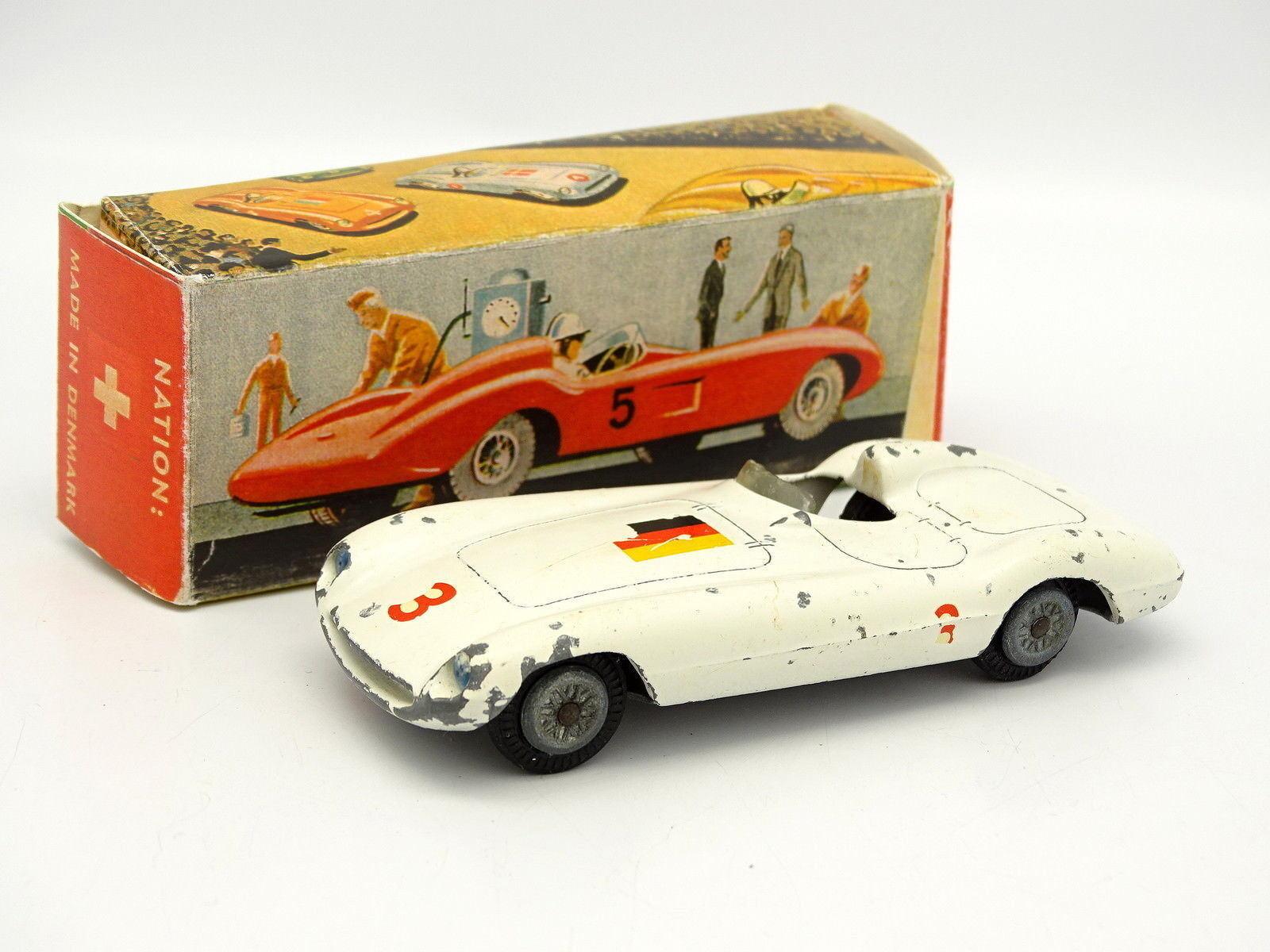Tekno 1 43 - Ferrari 750 Germany 813 (boîte repro)