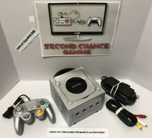Nintendo GameCube Platinum Console System Bundle w/ Controller-DOL-101 -Tested