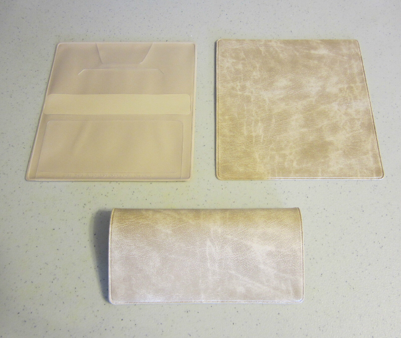 1 NEW PARCHMENT WHITE MARBLE VINYL CHECKBOOK COVER WITH DUPLICATE FLAP
