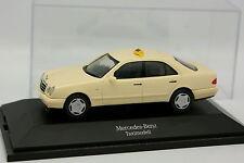 Herpa 1/43 - Mercedes Classe E W210 Taxi