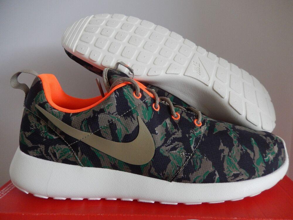 Nike Free RN 2017 courir UK 8.5 noir blanc gris foncé 880839001-