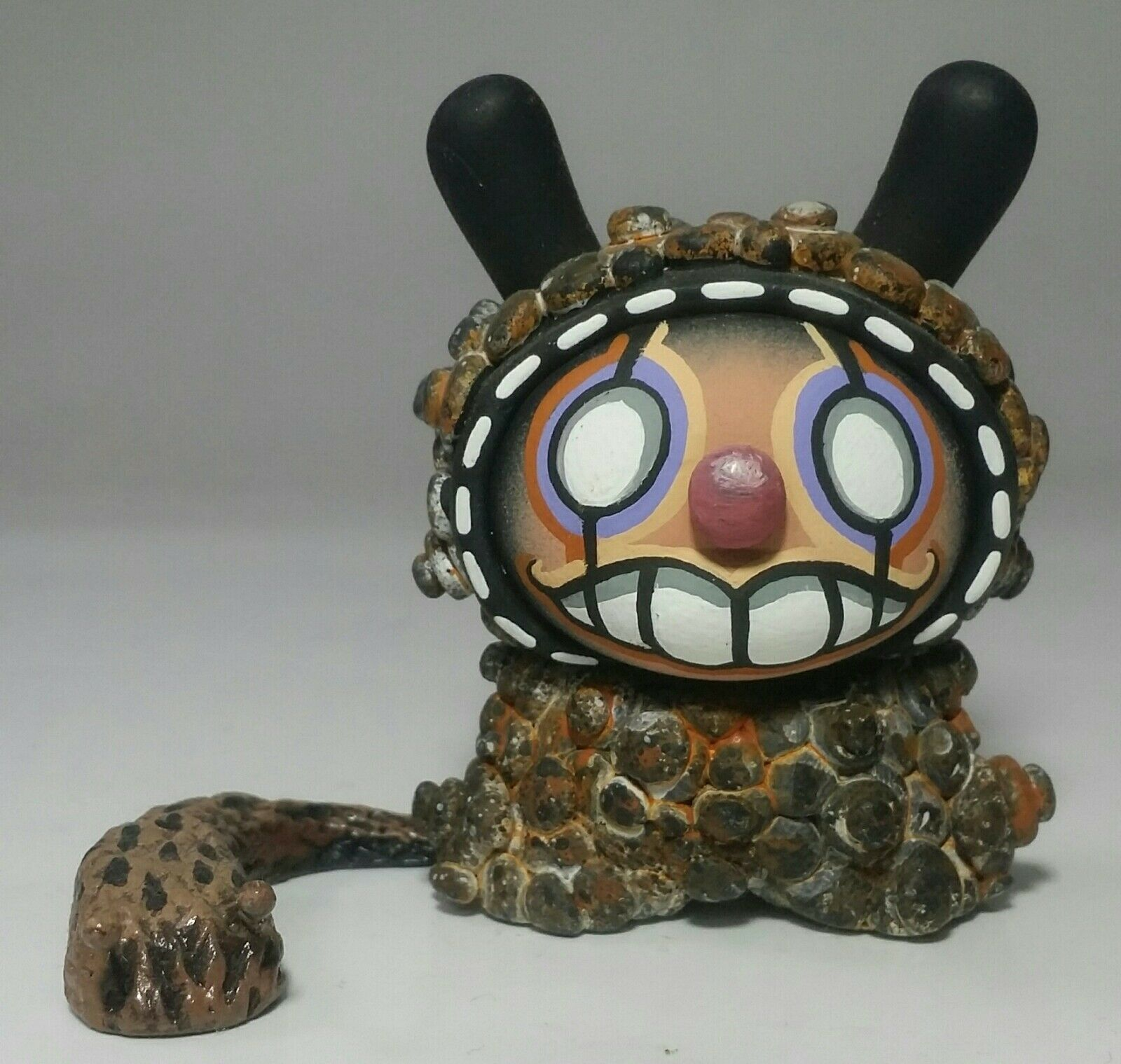 RSIN Art w/ slug 3  Dunny custom Kidrobot