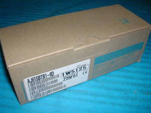 MITSUBISHI MELSEC AJ 65 SBTB 1-8D unité d/'entrée New in Box T3