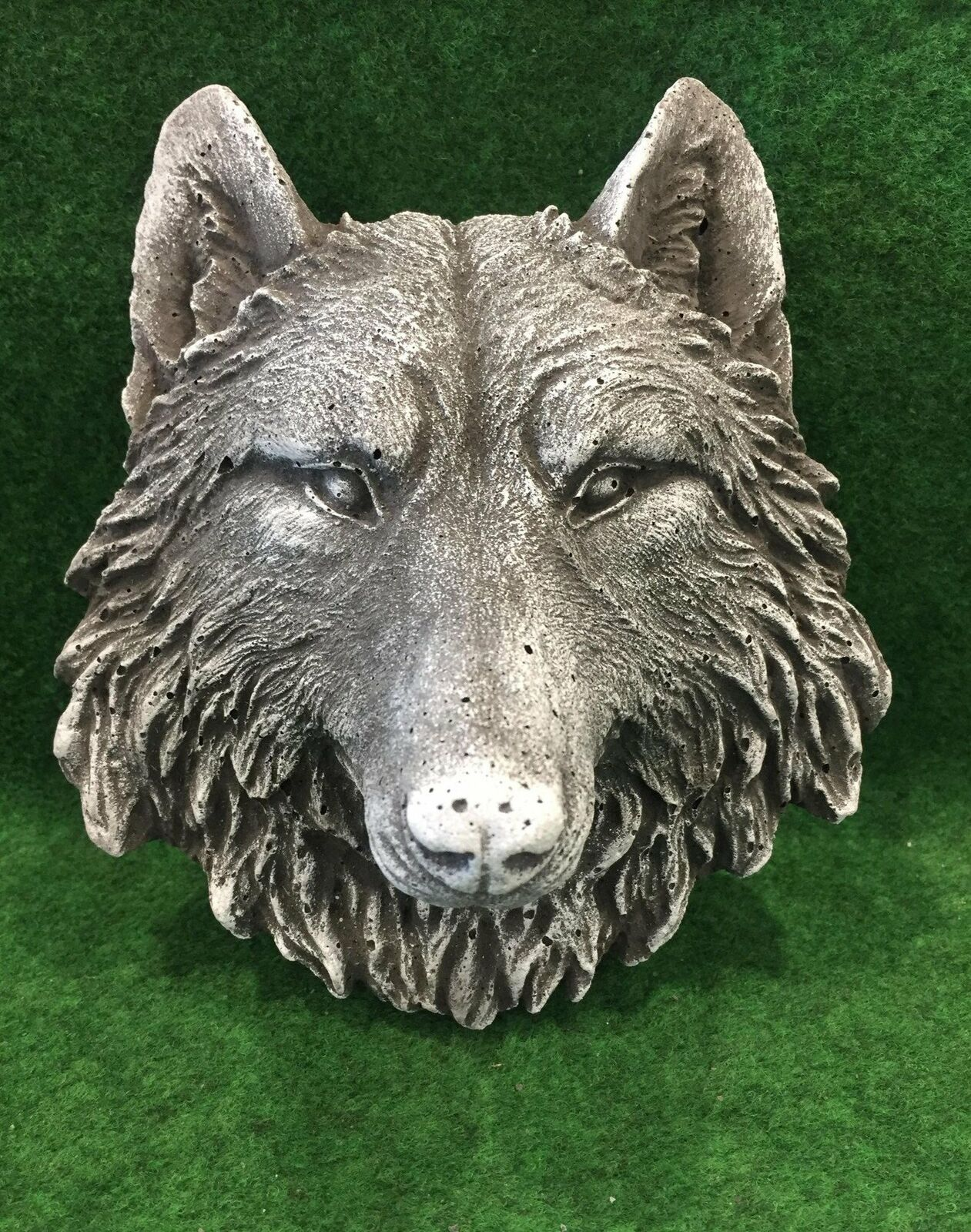 Wolf Head Concrete Wall Plaque Frost Protected