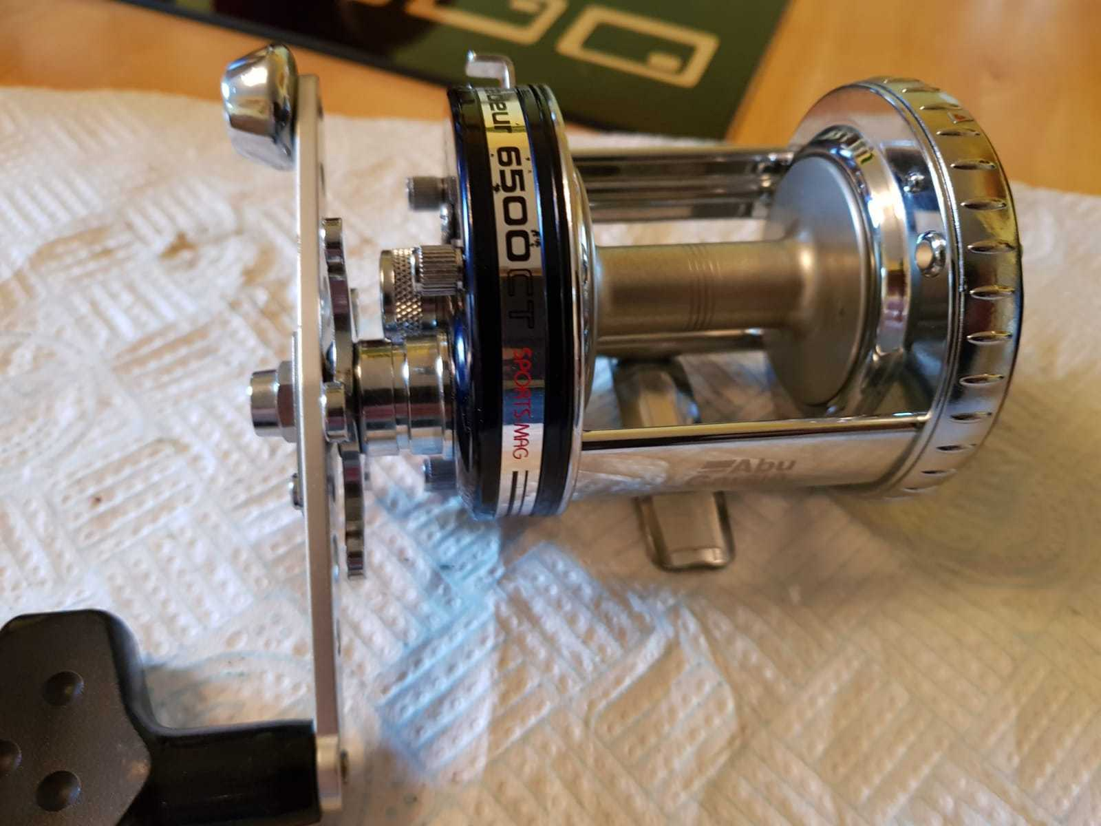 ABU 6500CT SPORTS  MAG IN AMAZING CONDITION LIGHTLY USED 2 OF 2