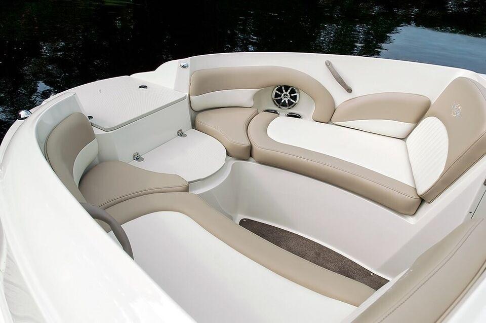 Stingray, Motorbåd, fod 22