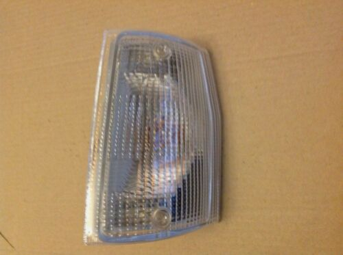 FIAT UNO MK1 INDICATOR LIGHT LAMP LEFT WITH SCREWS /& GASKET NEW 5975050 5973037