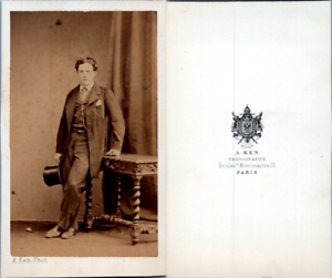 Ken-Paris-Jeune-homme-en-pose-circa-1860-CDV-vintage-albumen-Tirage-albu