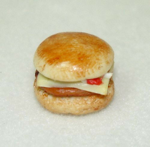 Miniature Handcrafted Cheeseburger for 1:12 Scale Dollhouse Diner Scene