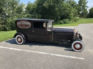 Rat rod with 5.0 mustang engine runs great