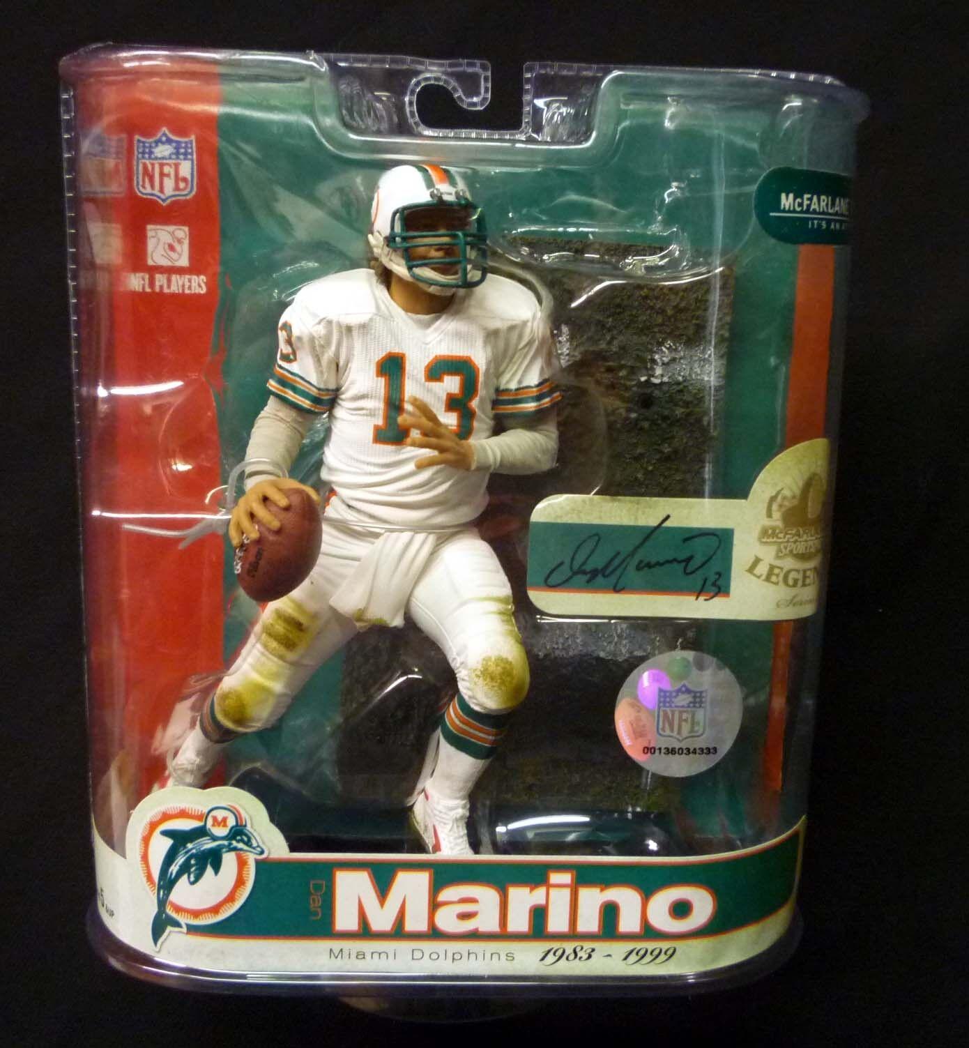 Dan Marino Figure NFL Legends Series 3 2007 Miami Dolphins QB McFarlane Amricons