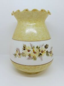 Oil-Electric-Milk-Glass-Lamp-Shade-Hand-Painted-Daisies-Parlor-GWTW-Hurricane