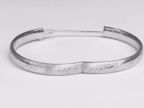 """14Kt White Gold Florentine Etched Hinged Bangle//Bracelet 8/"""" 5 mm 3//16/"""" 5 grams"""