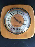 Vintage Metamec Quartz Blonde Wood Wooden Wall clock Fully Working