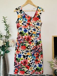 TEABERRY Pretty White Bright Floral Size 8 Fitted Pleated Lined Midi Dress