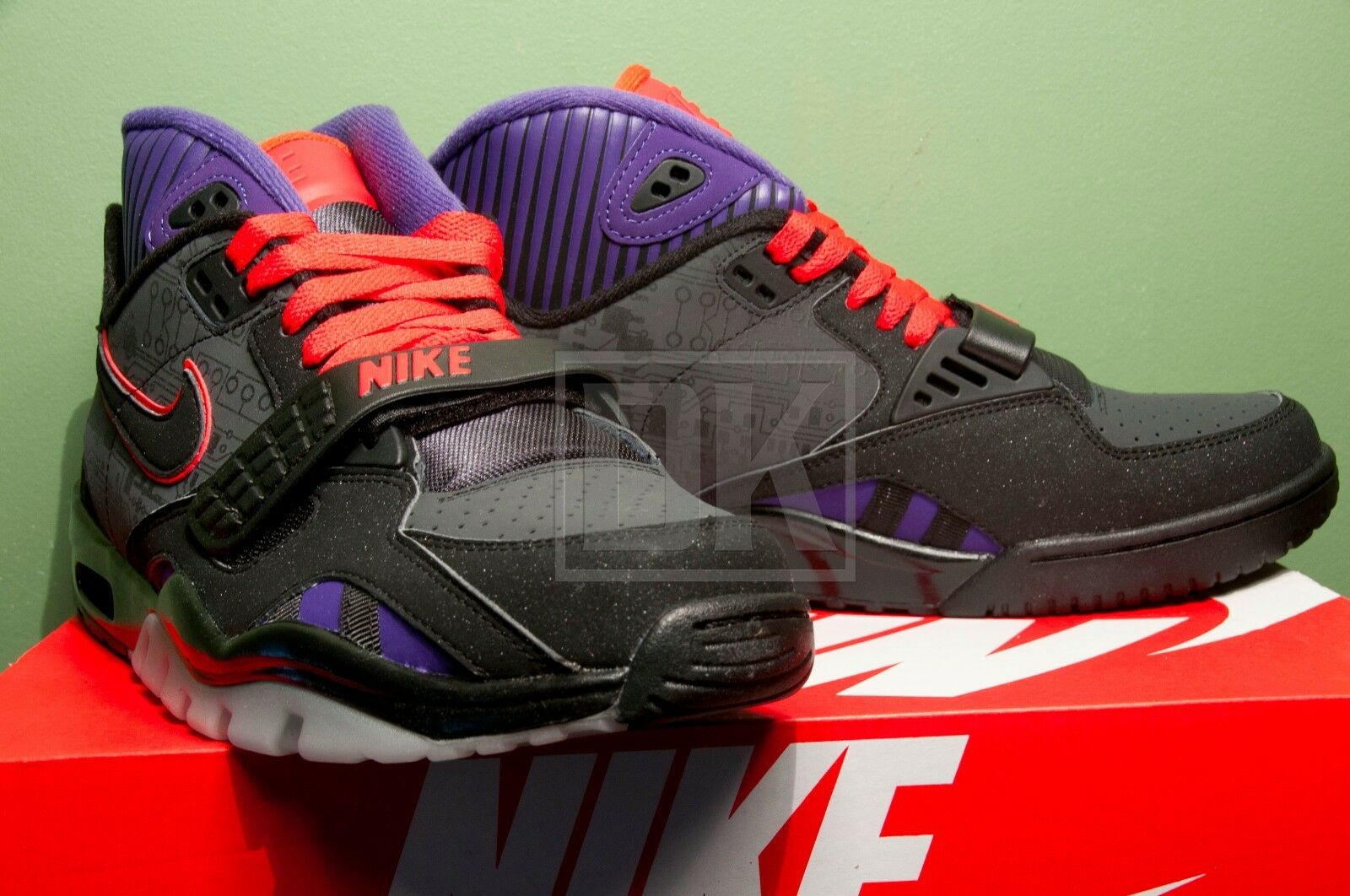 NIKE AIR TRAINER SC II 2 PRM QS MEGATRON Comfortable and good-looking