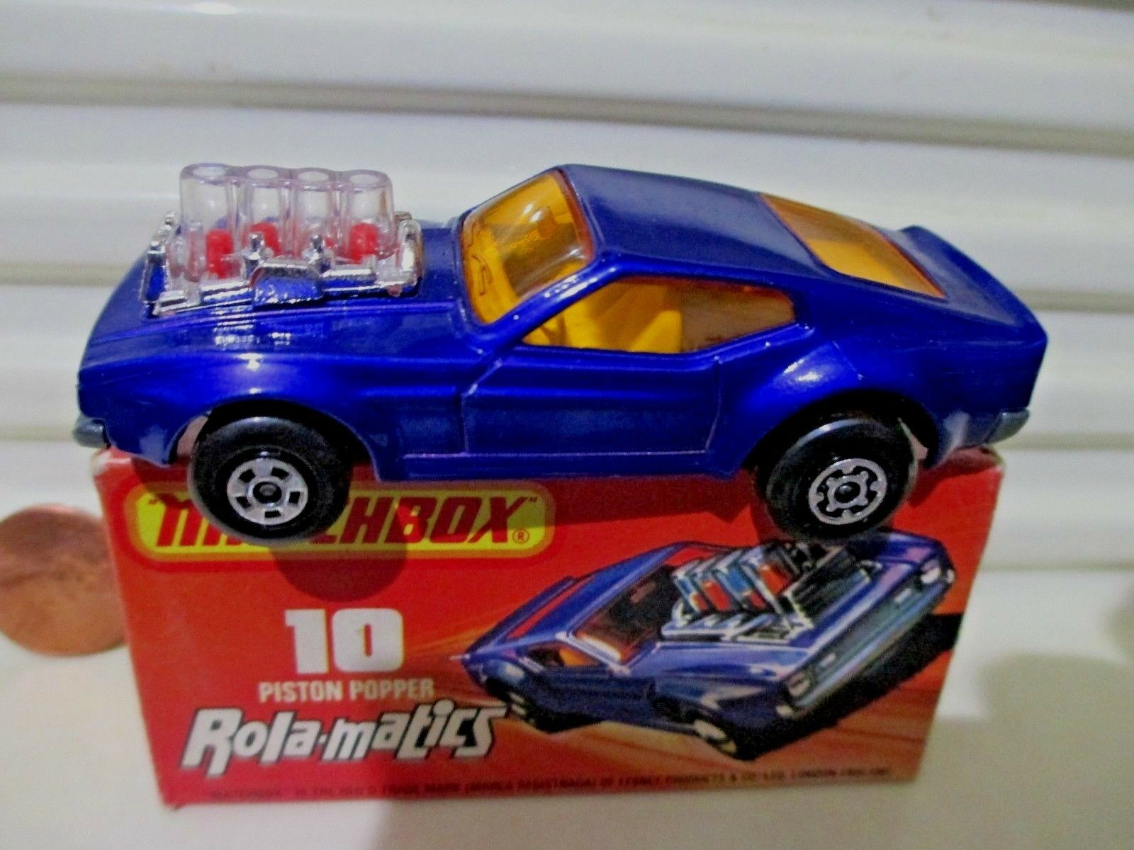 1973 Lesney Matchbox Superfast MB10B blu Mustang Piston Popper Menta en C8.5Box