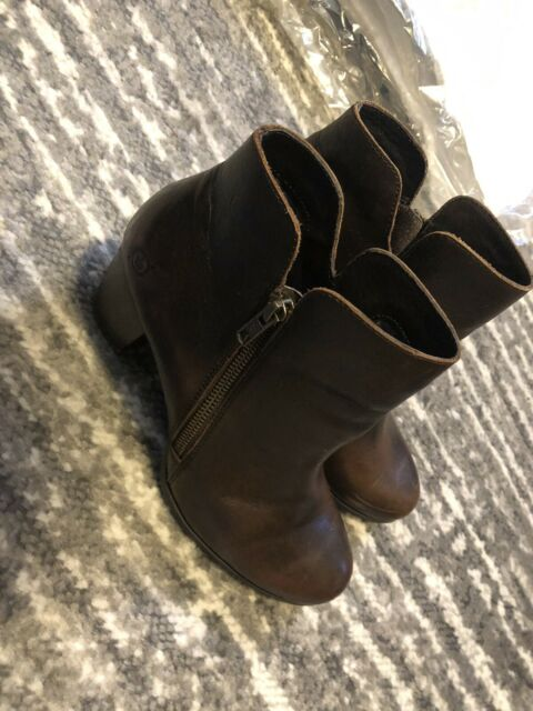EUC Born Women's Ankle Boots Brown Leather Zip Heel Booties Heels Size 8 Lady B4