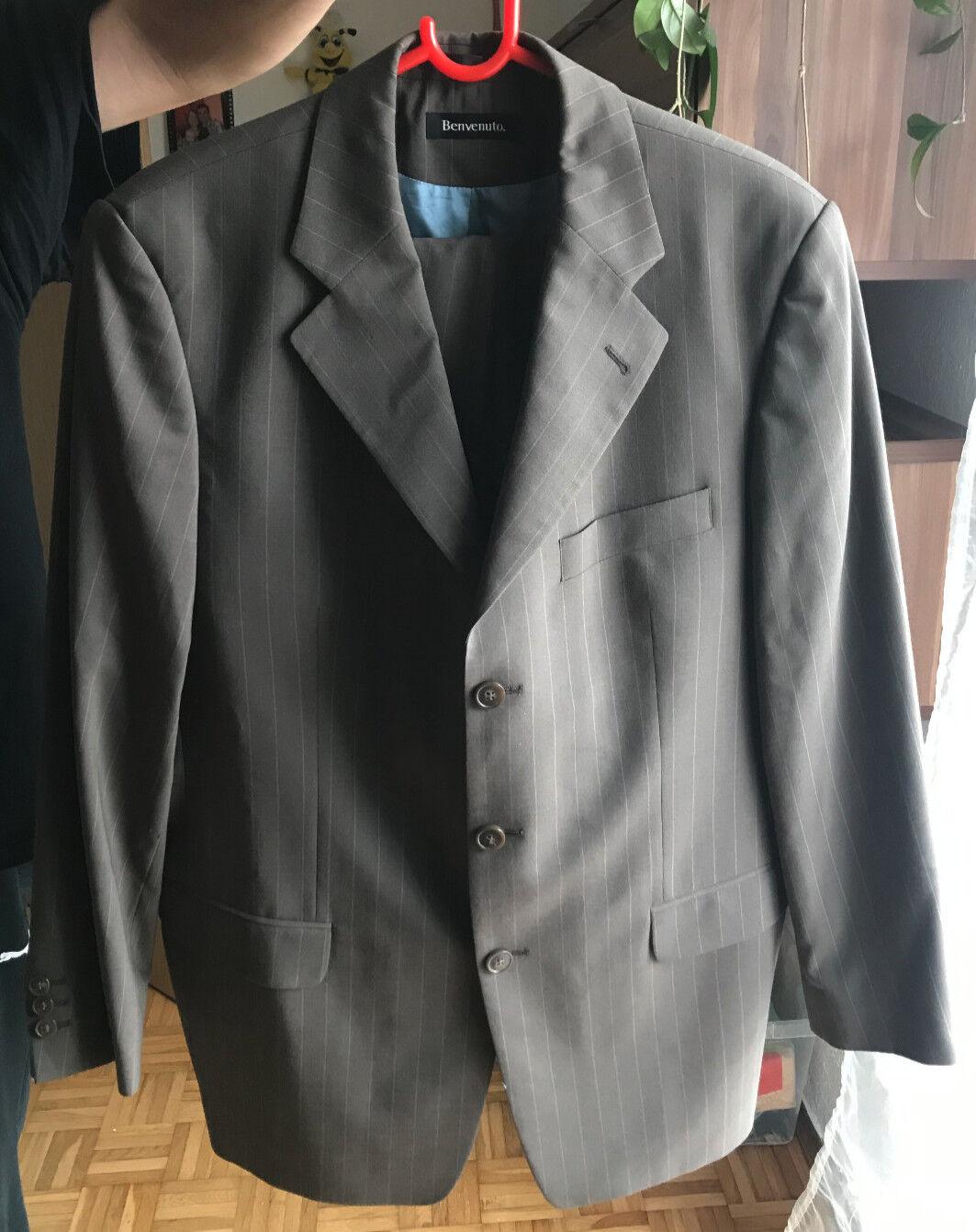 Herren Anzug, selten getragen, vom Herrenausstatter, Gr. 25, braun, Benvenuto