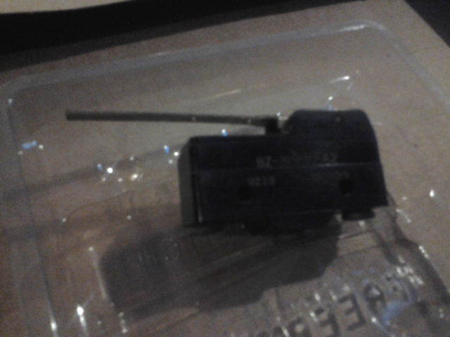 BZ-2RW80-A2 HONEYWELL MICRO SWITCH Lg Unsealed Swch,15A,SPDT,Strt Lever