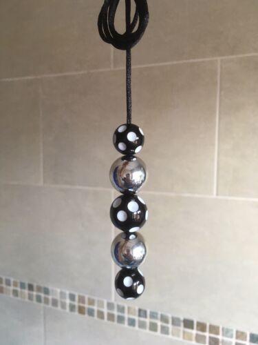 Novelty Gift Black /& White Stripe Light Fan Pull Cord Newcastle FC Colours