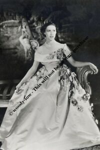 Image Is Loading Mm724 Young Princess Margaret Wears Gown Royalty Photo