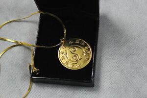 Souvenir for JKD Bruce Lee Original 24k Gold Plated Necklace Rare Medallion