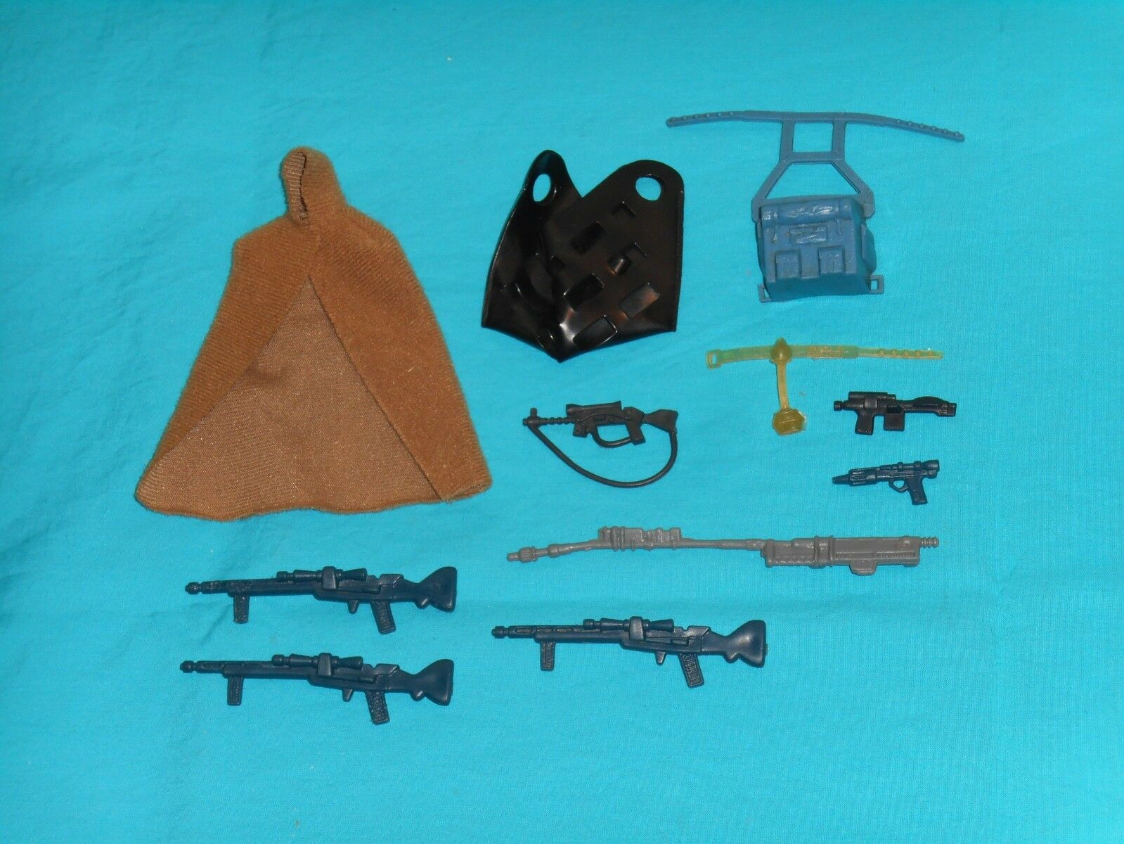 Vintage STAR WARS WEAPONS PARTS ACCESSORIES LOT  6