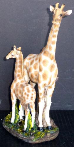 "REACHING HIGH   Giraffe with Baby  Statue Figurine  H10.5/"""