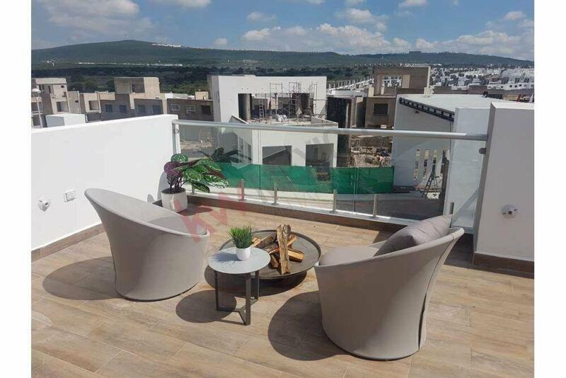 Vendo casa con Roof Garden Zákia, Querétaro.
