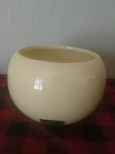 Vintage Haeger Pottery #366 MCM Round Orb Ball Vase Planter Light Yellow