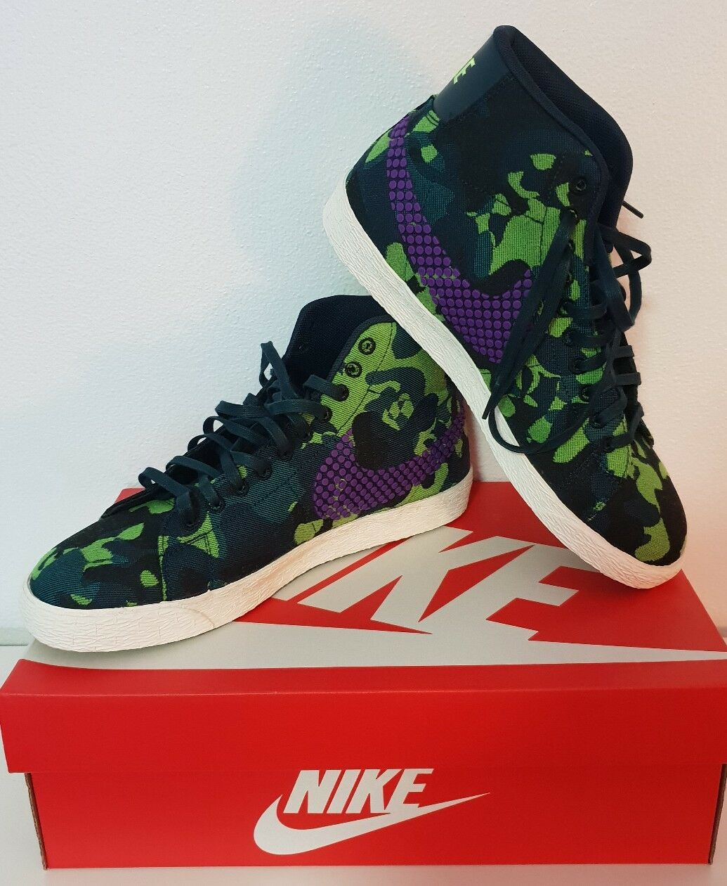 BNIB Womens Nike Blazer Mid JCRD PRM 8.5 in Vivid Purple/Ghost Green - free post