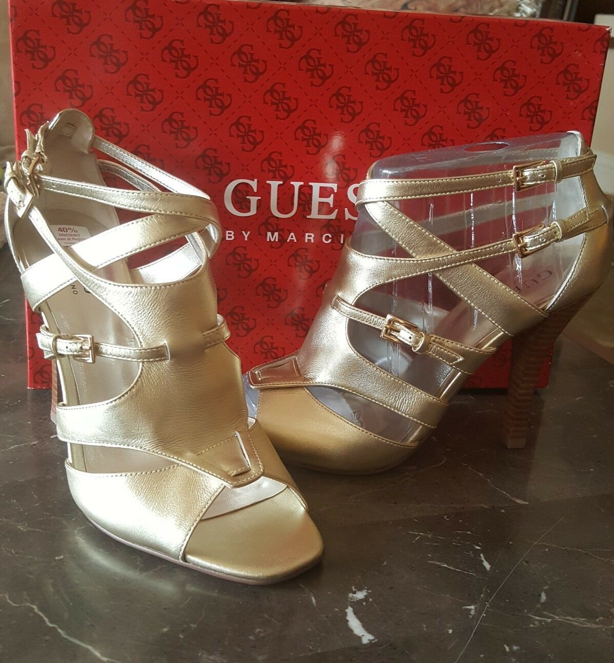 Guess Metallic Gold Größe Strappy Heels Größe Gold 7. 5 New in Box 48ca15