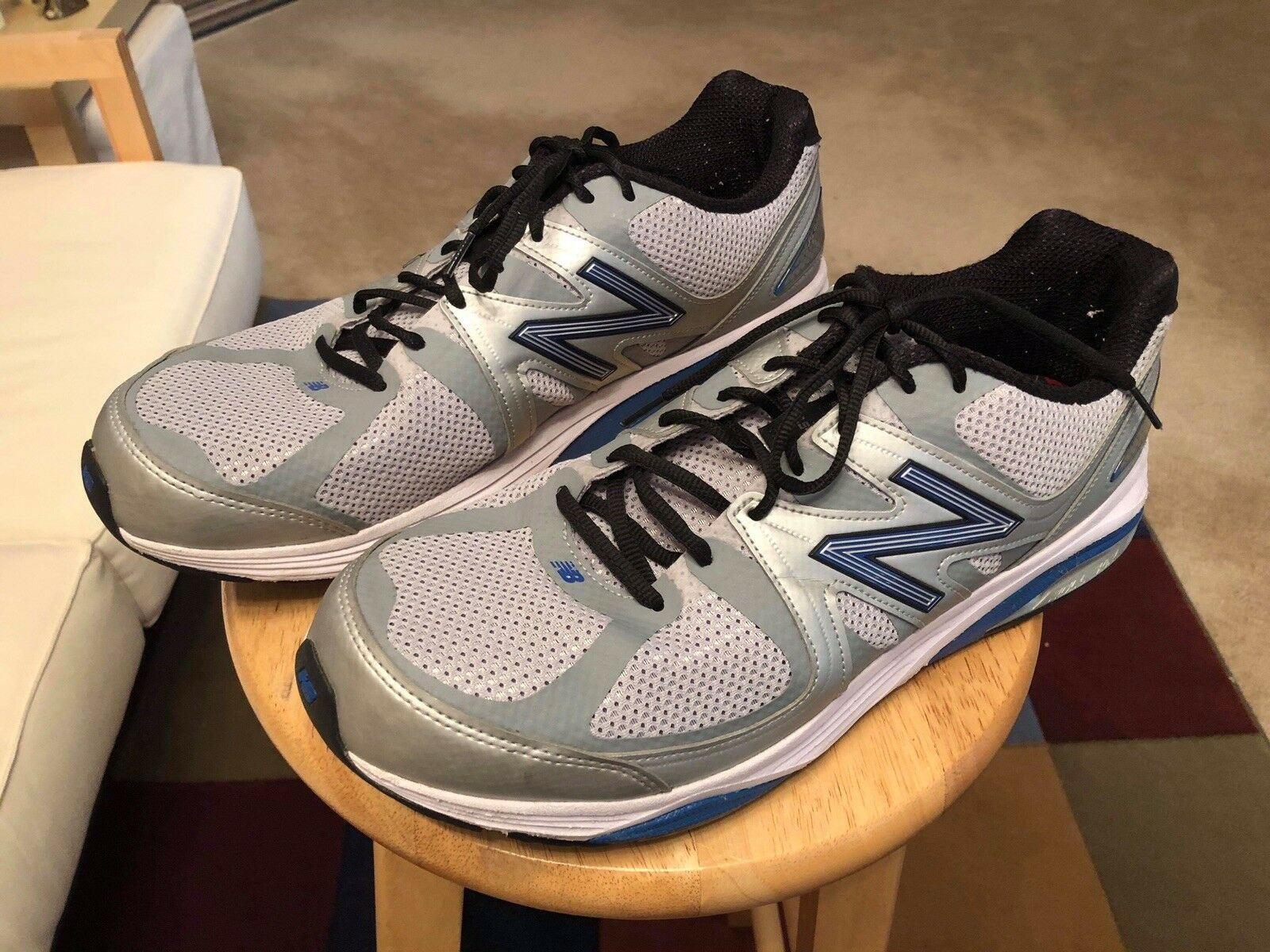 New Balance 1540V2 Silver bluee Men's US12.5 2E USA Athletic Sneakers shoes