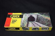 W416 POLA Quick Maquette trainHo B580 Tunnel entree plastique decor diorama