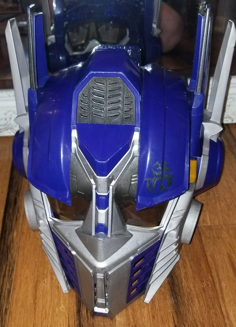 TRANSFORMERS OPTIMUS PRIME VOICE CHANGER HEAD GEAR Collector's Edition 2006