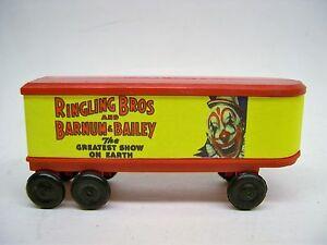 Red-Circus-Piggyback-Van-Trailer-for-American-Flyer-Flatcars