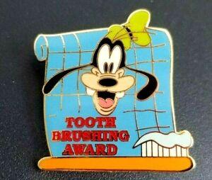 Disney-Pin-6471-Tooth-Brushing-Award-Goofy