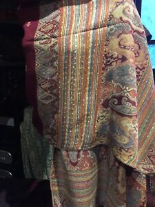 Vintage-Style-Burgundy-And-Brown-Knit-Brocade-Pashmina-Paisley-Scarf-Wrap-Shawl