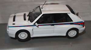 LANCIA-DELTA-HF-INTEGRALE-MARTINI-WHITEBOX-1-43