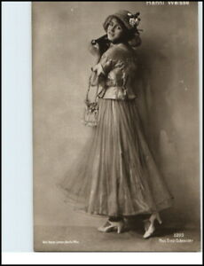 Prominenz-1910-20-Echtfoto-AK-Portraet-HANNI-WEISSE