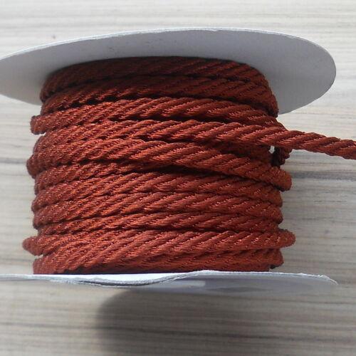 CORD BERISFORDS CHOCOLATE BROWN 5MM  X 20 METRE ROLL BARLEY TWIST ROPE
