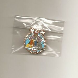 DLR-Cast-Holiday-Pin-Christmas-2002-Lady-amp-Tramp-Work-Day-Pin